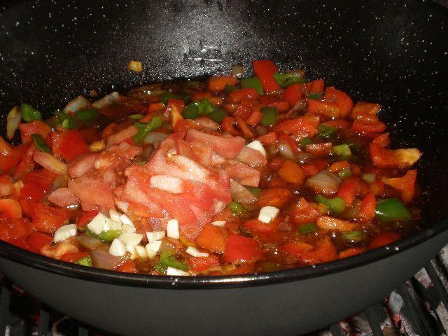 Añadir tomate - ▷ Caldereta de cordero tradicional 🐑