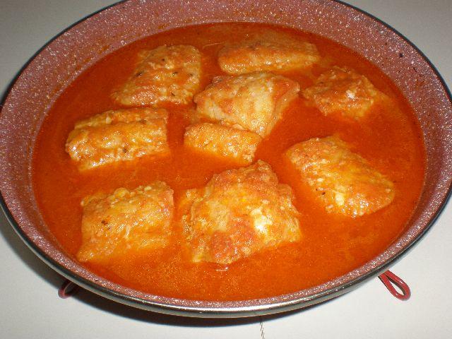 Bacalao con tomate y comino