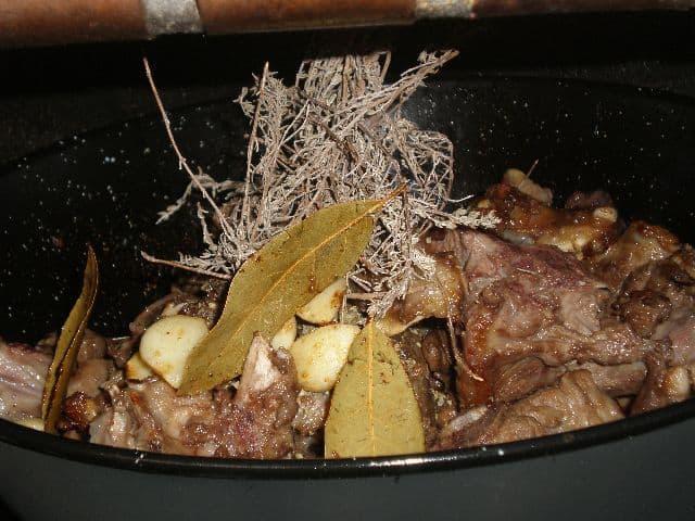 Poner en el fuego de nuevo - ▷ Caldereta de cordero tradicional 🐑