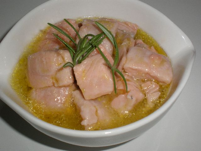 Encurtido de salmón al romero