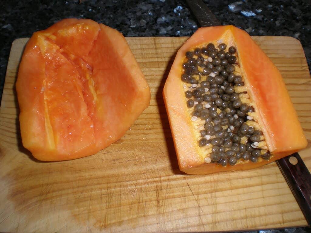 Limpiar la papaya