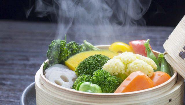 Cocinar al vapor es una de las mejores formas Saludables de Cocinar Alimentos