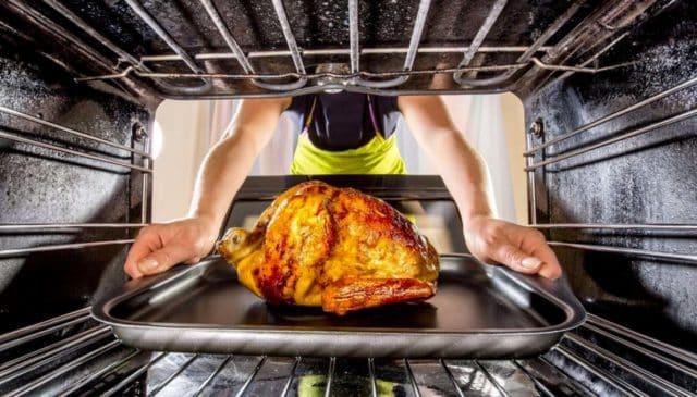 Hornear la comida es una de las mejores formas Saludables de Cocinar Alimentos
