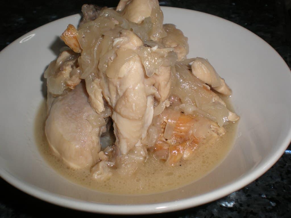 Pollo en salsa de limón